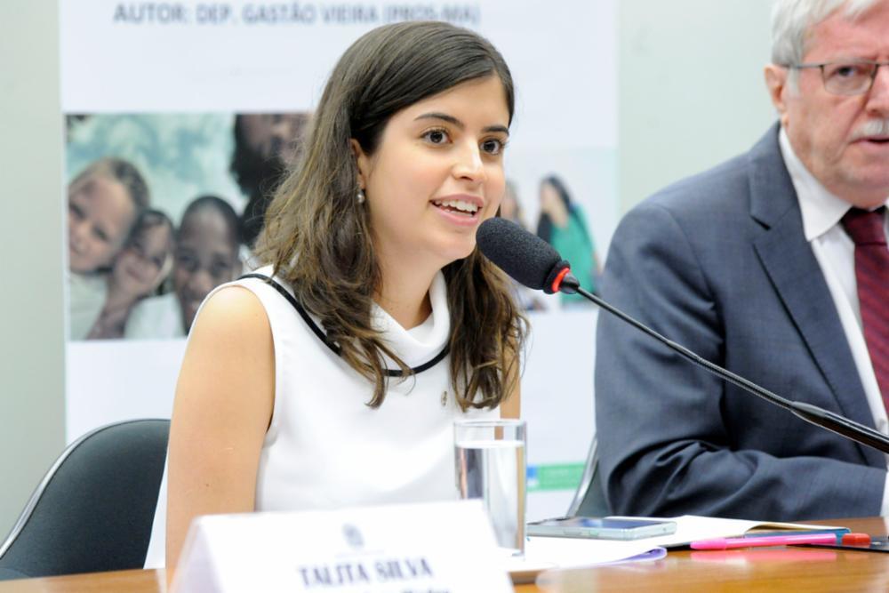 Tabata Amaral vai aguardar decisão do TSE antes de definir novo partido