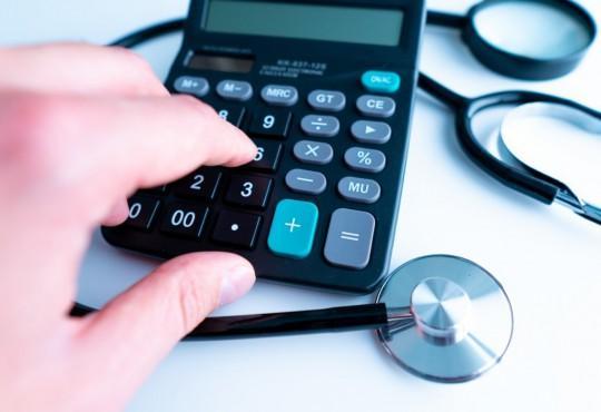 Troca de plano de saúde vira alternativa para fugir de preços altos