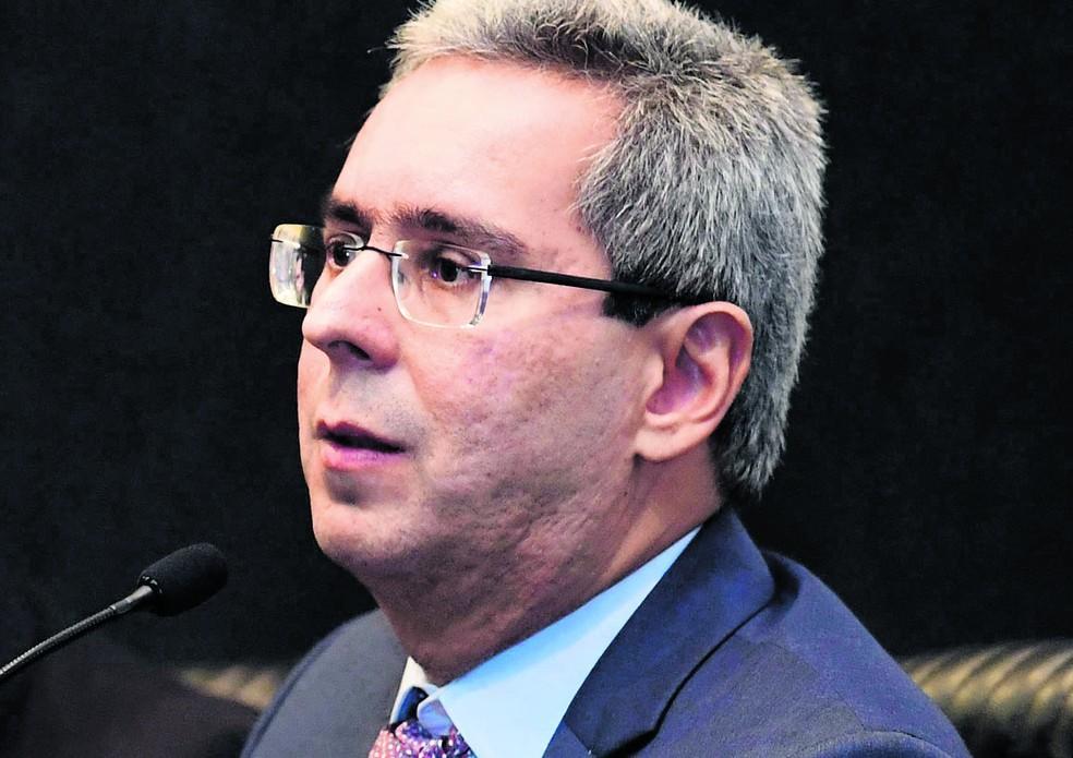 STJ vai discutir defesa em execução fiscal