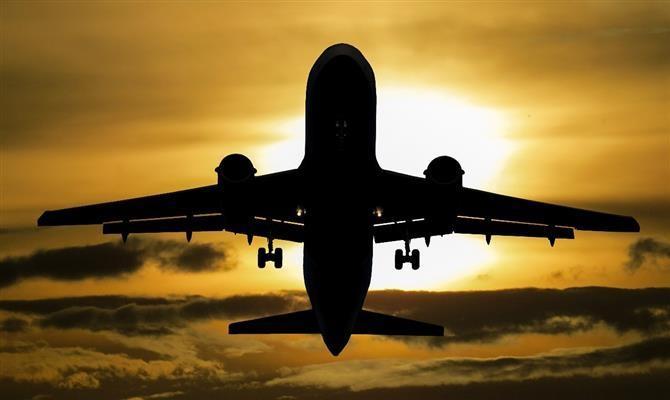 Artigo analisa impactos da covid-19 nos contratos de leasing de aeronaves