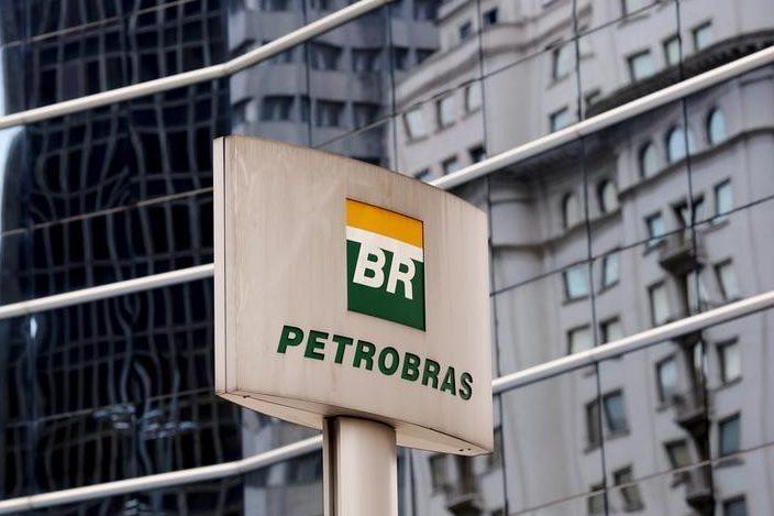 Base para ações judiciais de investidores contra a Petrobras divide juristas