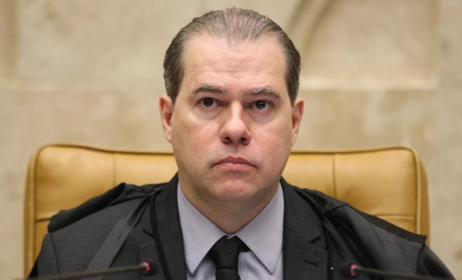 Toffoli não deveria ter votado no julgamento sobre delação de Cabral, dizem especialistas