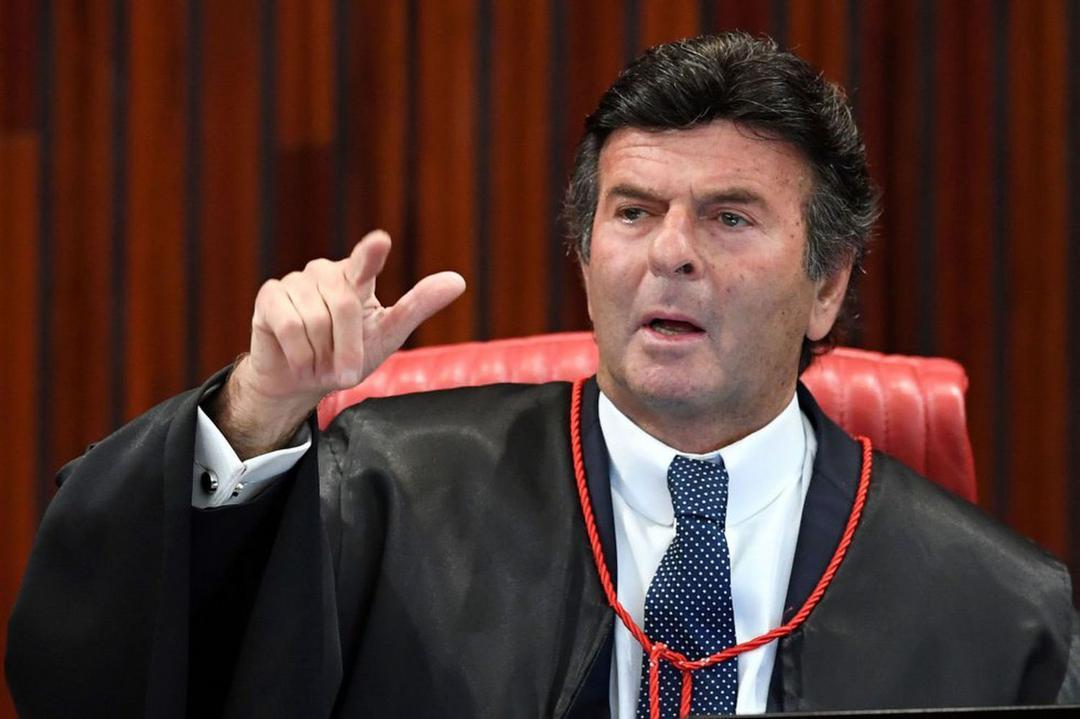 STF se blinda de influência de Bolsonaro e leva julgamentos de autoridades para o plenário