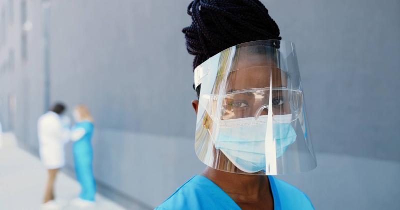 A falta de EPIs no setor médico na pandemia