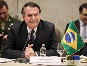 Bolsonaro edita MP para tentar se eximir de erros durante epidemia da Covid-19
