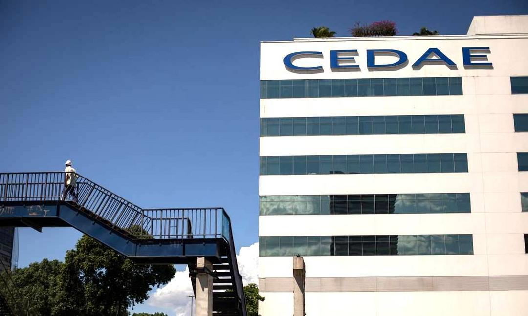 Leilão da Cedae: empresas de saneamento devem se juntar a fundos de investimento para disputar concessão
