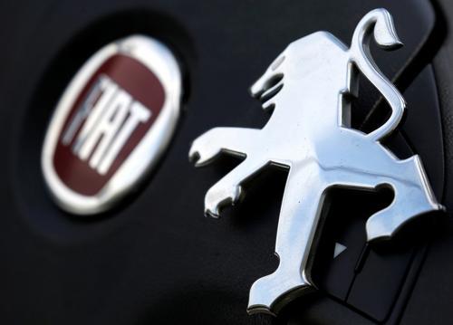 Acionistas de Peugeot e Fiat aprovam fusão para criar o quarto maior grupo automotivo do mundo