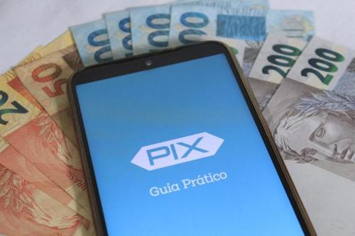 Queridinho no Pix: sensação de segurança e hábito fazem CPF ser chave preferida dos brasileiros