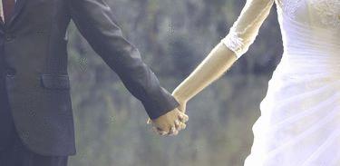 Casamentos civis são realizados por videoconferência em vários estados