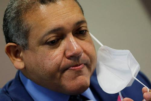 Indicado de Bolsonaro ao STF, Kassio suspende trecho da Ficha Limpa; movimentos veem desmonte da lei
