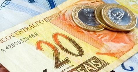 Segunda parcela do 13º salário é paga até sexta; saiba calcular o valor