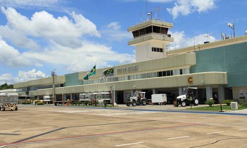 Governo arrecada R$ 3,3 bilhões em leilão de 22 aeroportos em meio a crise inédita do setor aéreo