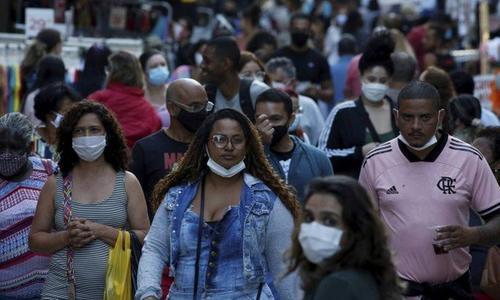 Covid-19: flexibilização do uso de máscaras no Rio divide opiniões de juristas