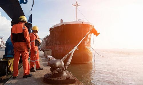 Mesmo tardia, aprovação de convenção sobre trabalho marítimo é um avanço