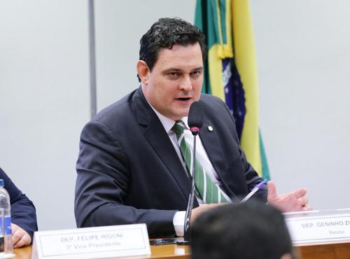Novo Marco Legal do Saneamento tem várias limitações, advertem Rubens Naves e Guilherme Amorim