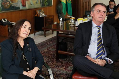 Cinemateca Brasileira não tem cargo prometido por Bolsonaro a Regina Duarte
