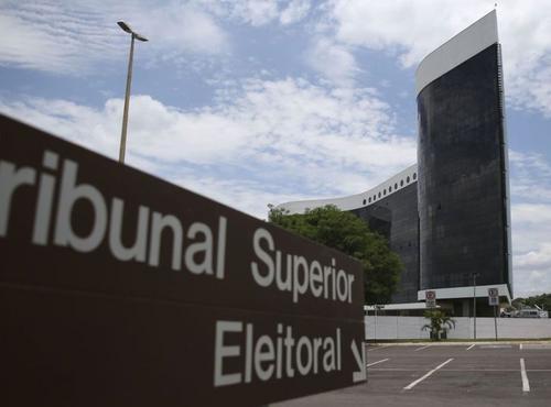 Eleições 2020: desafios institucionais e novas formas de construção política